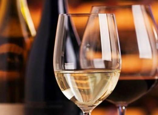 verres-vin-oenologie-degustation
